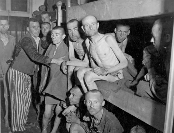 В концентрационном лагере