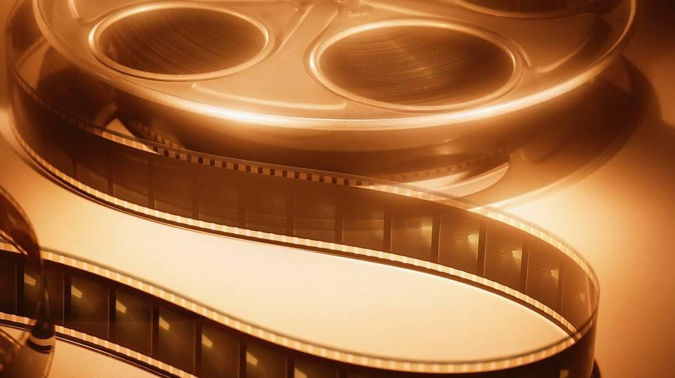 Минкультуры икиносети вводят квоту напоказ отечественного кино